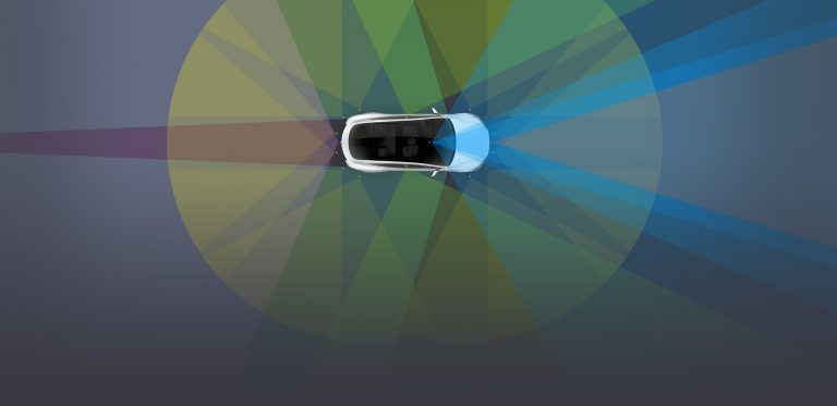 Tesla Autopilot vs Enhanced Autopilot – What's the Difference?