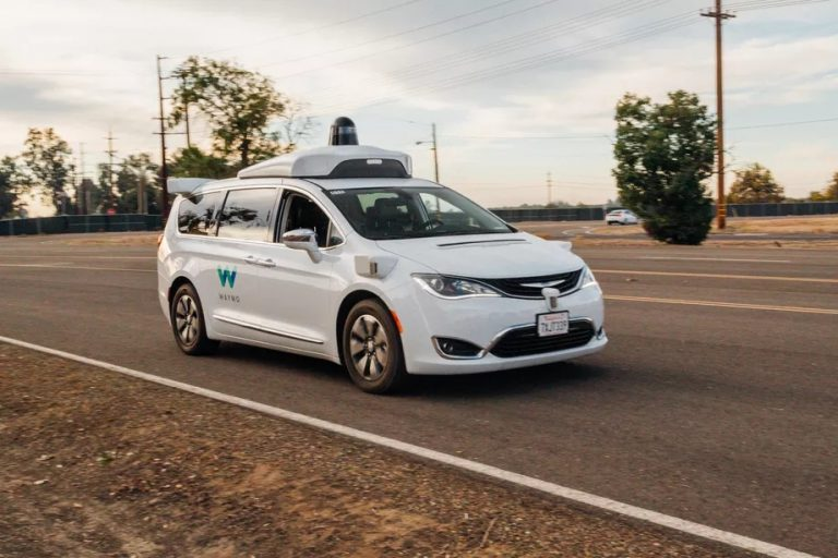 California Green Lights Fully Self-Driving Car Tests