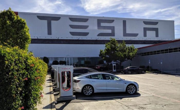 Tesla V3 Superchargers Now Open to Public