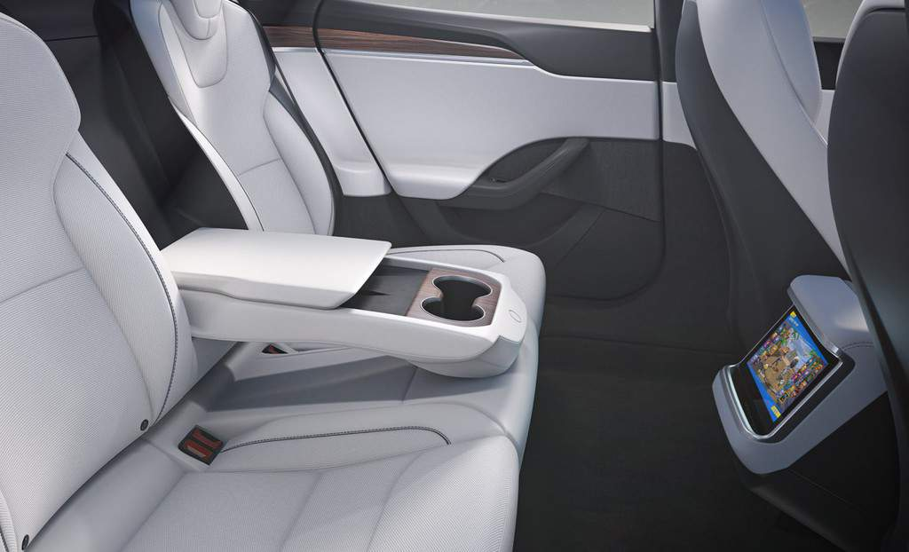 2021 Model S Refresh - Second Row